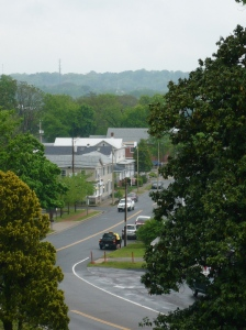 This photo (taken by Miss Sarah in 2008) shows the 20th Maine's position at Fredericksburg.  If you can spot the bright sign of the 7-11 gas station - well, that's where they were.  No monument for them here...