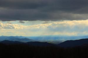 The Shenandoah Valley  (Attribution: http://www.ForestWander.com)