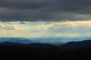 The Shenandoah Valley  (Attribution: http://www.ForestWander.com)