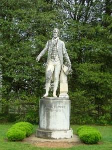 Monroe Statue at Ash Lawn Highland