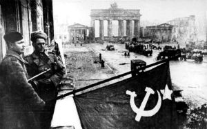 Soviet Army captures Berlin, 1945 Attribution: Bundesarchiv, Bild 183-R77767 / CC-BY-SA