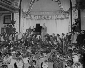 Bing Crosby performs for U.S. troops during WWII.