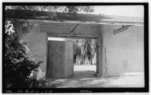 Entrance to a ranchos courtyard.