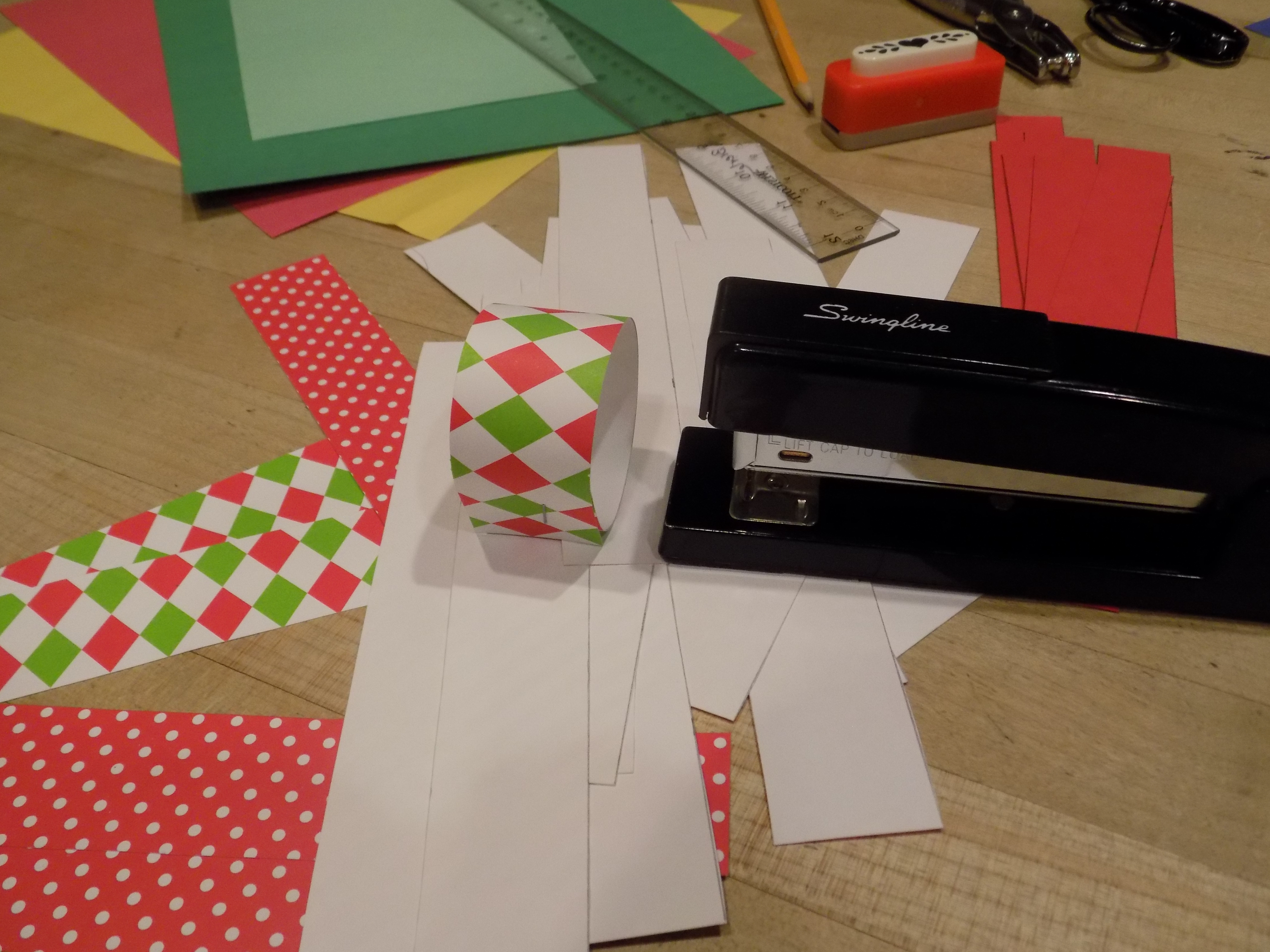 Crafting With Gladness Christmas Paper Chains